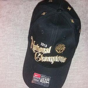 *NWT* 2019 Nike LSU National Champions Hat